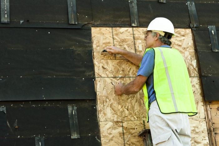 arbejdende tømrer